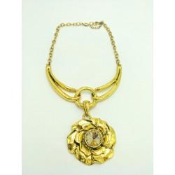 Gold elegant necklace
