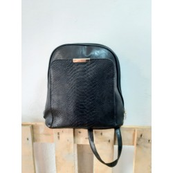 Dark glamor bag